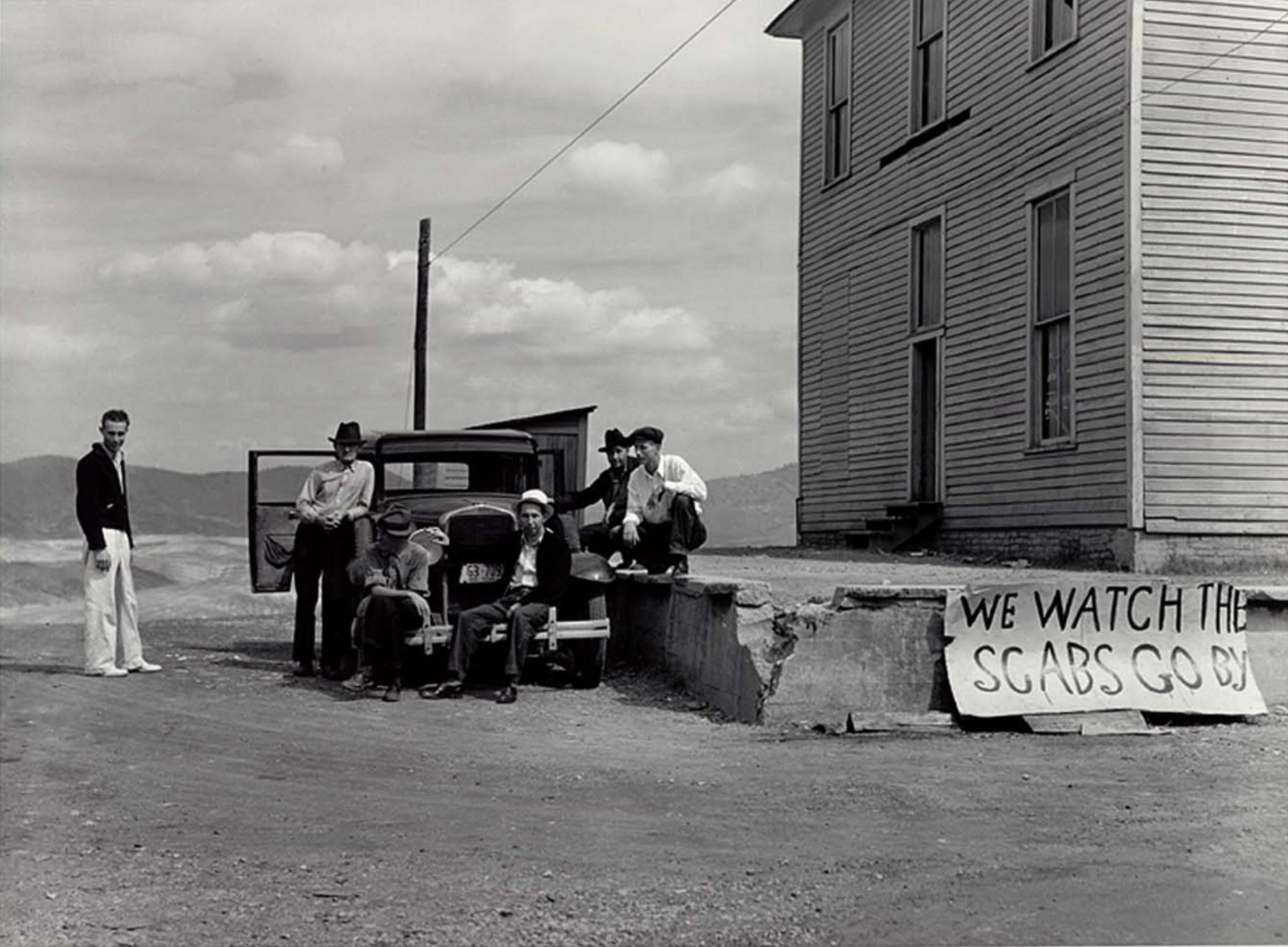 We Watch Them Go By – Miners, Mobsters, Masculinity and Marion Post Wolcott